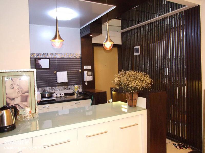 华侨城140平卧室欧式风格装修效果图